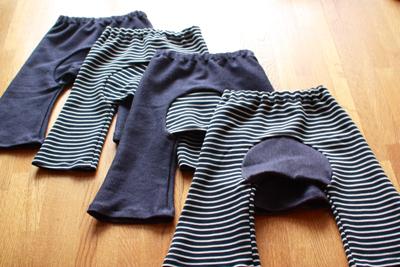 ロックミシンで作るベビー服 モンキーパンツ